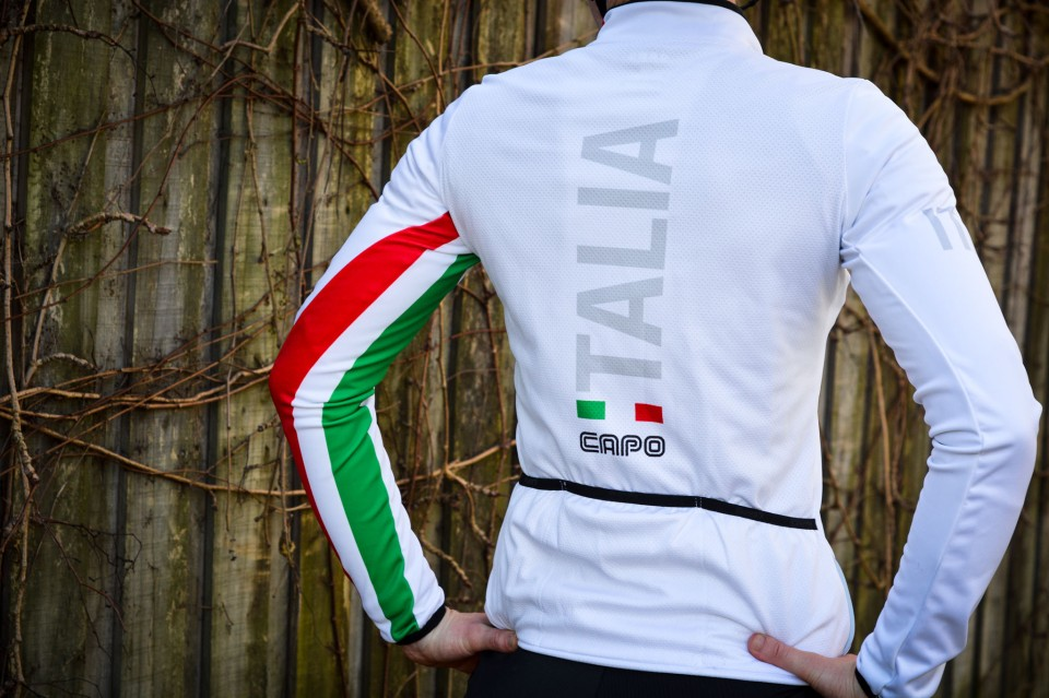 A warm winter jersey with zero bulk.