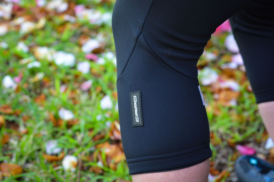 Fleece knee warmers winterise the shorts and provide more opportunities for logo placement.